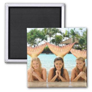 Gruppe auf dem Strand Quadratischer Magnet