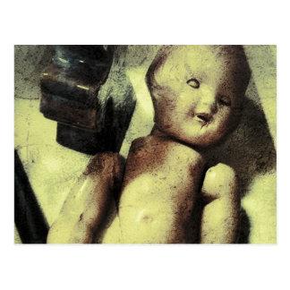 Gruselige Puppe Postkarte