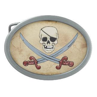 Gruseliger Piraten-Schädel u. gekreuzte Macheten Ovale Gürtelschnallen