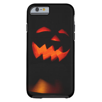 Gruseliges geschnitztes Kürbis-Gesicht Tough iPhone 6 Hülle