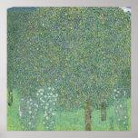 Gustav Klimt - rosiers sous les arbres Poster