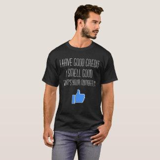 Guter Kredit heben Linie auf T-Shirt