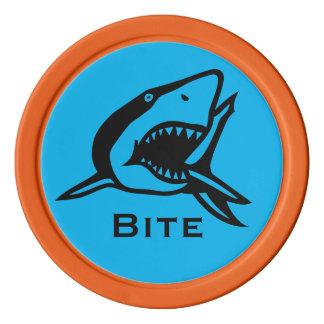 Haifisch-Biss-helle blaue Pokerchips