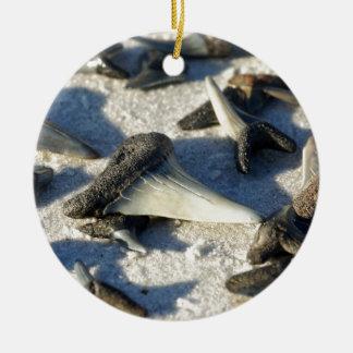 Haifisch-Zähne von Jax Strand Keramik Ornament