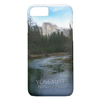 Halbe Haube in Yosemite Nationalpark, Kalifornien iPhone 8/7 Hülle