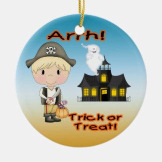 Halloween-Piraten-Jungen-runde Verzierung Rundes Keramik Ornament