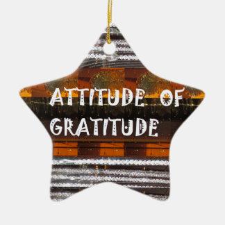 HALTUNG der Dankbarkeits-Text-Klugheits-Wörter Keramik Ornament