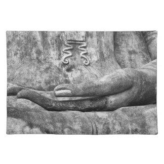 Hand von Buddha Stofftischset