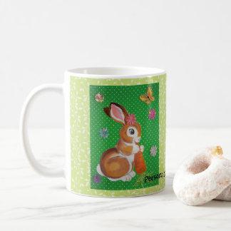 Häschen-Kaninchen mit der Kaffeetasse