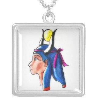 Hathor Halskette Mit Quadratischem Anhänger