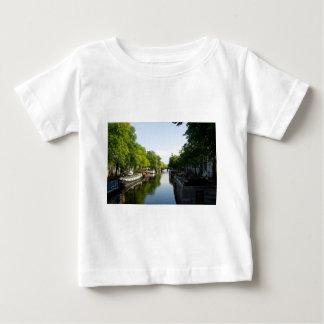 Haus-Boote auf Amsterdam-Kanal Baby T-shirt