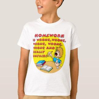 Hausaufgaben sind falsch! (Junge) T-Shirt