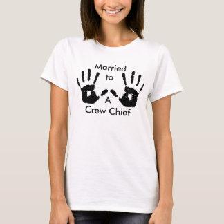 HB verheiratet zu einem Crew-Leiter T-Shirt