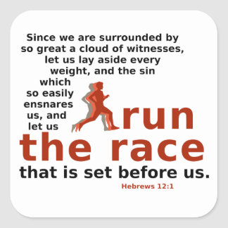 Hebräer-12:1 lassen den Rennenaufkleber laufen Quadratischer Aufkleber