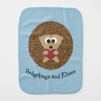 Hedgehugs und Kuss-Igel Baby Spucktuch