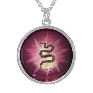 Heilige Schlange rotes KristallStarbust! Sterling Silberkette
