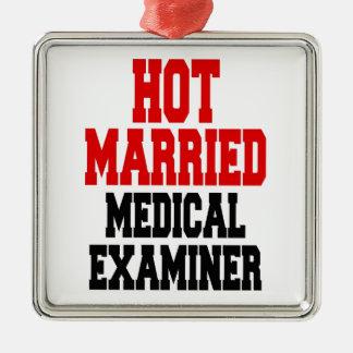 Heißer verheirateter medizinischer Prüfer Quadratisches Silberfarbenes Ornament