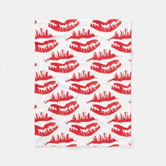 Heißes Kuss Rot Fleecedecke