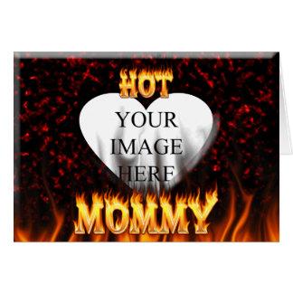 Heißes Mamafeuer und rotes Marmorherz Karte