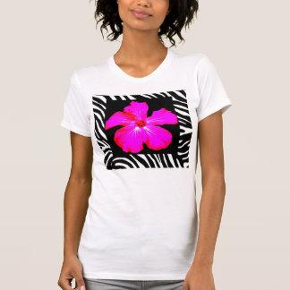 Heißes Rosa-Hibiskus auf T-Shirt