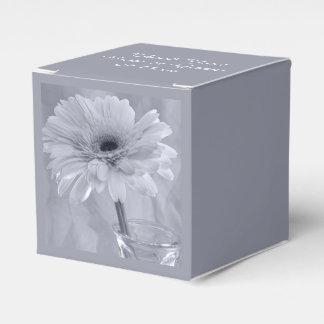 Hellblaue abgetönte Gänseblümchen-Hochzeit Geschenkkartons