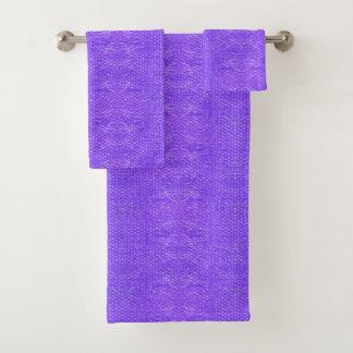 Helle sprudelnde lila badhandtuch set