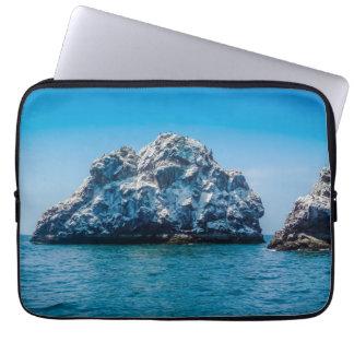 Heller blauer Ozean von Mazatlán Sinaloa Mexiko Laptopschutzhülle