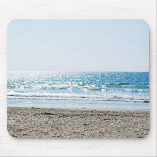 Heller Kalifornien-Strand - blauer Ozean Mauspads