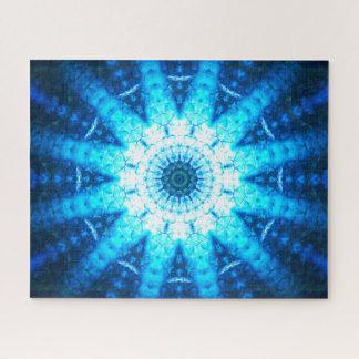 Helles Blau stuft | Mandala-Kunst ein