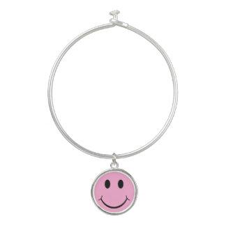 Hellrosa glückliches Smiley-Armband-Charme-Armband Armreif