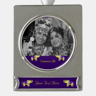 Hennastrauch-Elefant (Gelb/Lila) Banner-Ornament Silber