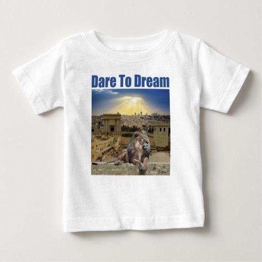 Herausforderung zum Traum Baby T-shirt