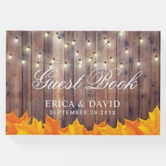 Herbst verlässt Schnur-Lichtern rustikale Gästebuch