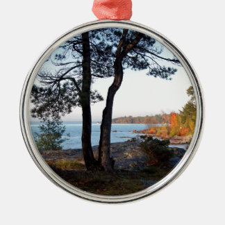 Herbstfarben-St- Josephinselzwischenstation Silbernes Ornament