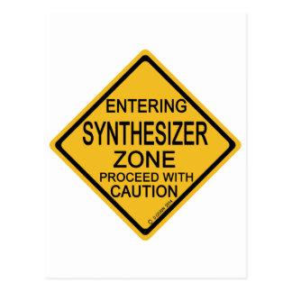 Hereinkommende synthesizer-Zone Postkarte