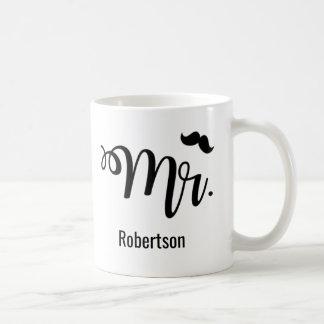 Herr mit einer Schnurrbartkaffee-Tasse Kaffeetasse