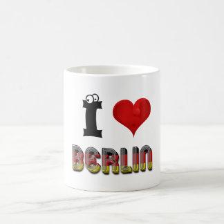Herz-deutsche Flaggen-Typografie Berlins Kaffeetasse