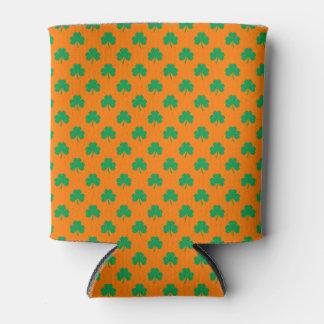 Herz-Förmiges Kleeblatt-Grün auf orange St Patrick