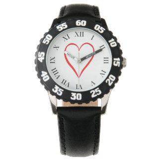 Herz gemalt auf weißem Hintergrund Uhr