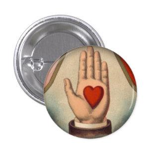 Herz in der Hand Runder Button 3,2 Cm