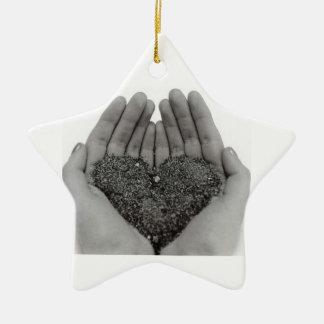 Herz in meinen Händen Keramik Ornament