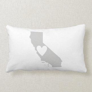 Herz-Kalifornien-Staats-Silhouette Lendenkissen