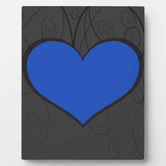 Herzen auf Wirbel Platten