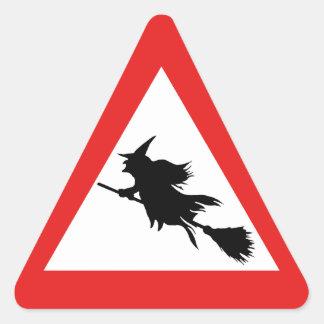 Hexe-Warnung Dreieckiger Aufkleber