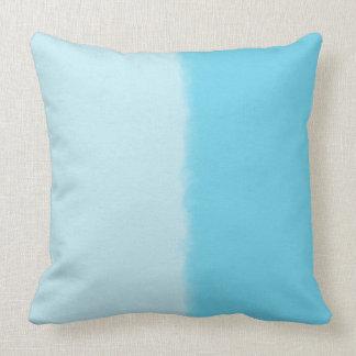 Himmel-Blau-schattiertes dekoratives Wurfs-Kissen Kissen