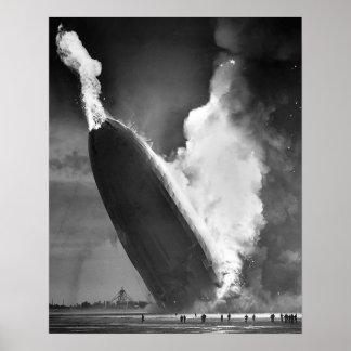"""Hindenburg-Desasterplakat 16"""" x20"""". Poster"""