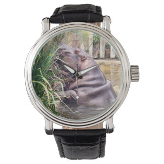 Hippopotamus, der versucht zu klettern, armbanduhr