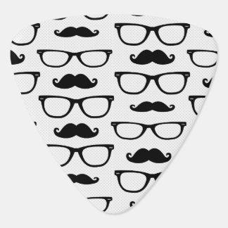 Hipster-Schnurrbart-und Glas-Punkt-Muster-Weiß Plektron