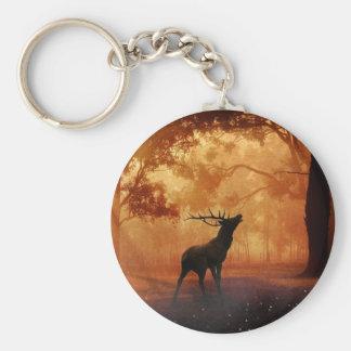 Hirsch am Sonnenuntergang Standard Runder Schlüsselanhänger