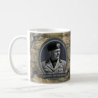 Historische Tasse Benito Mussolini
